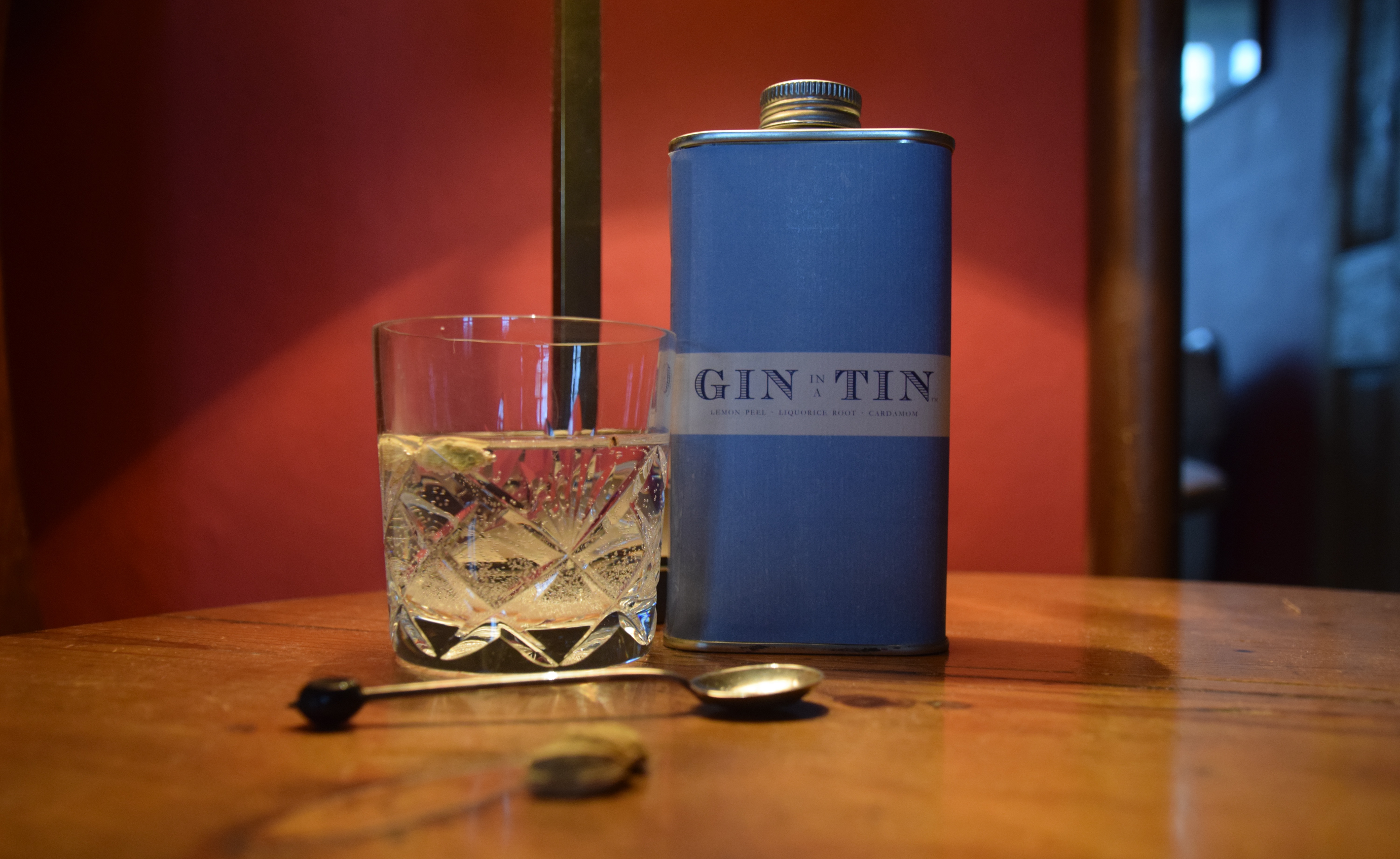 GIN IN A TIN - LEMON PEEL, CORIANDER & CARDAMOM NO.2