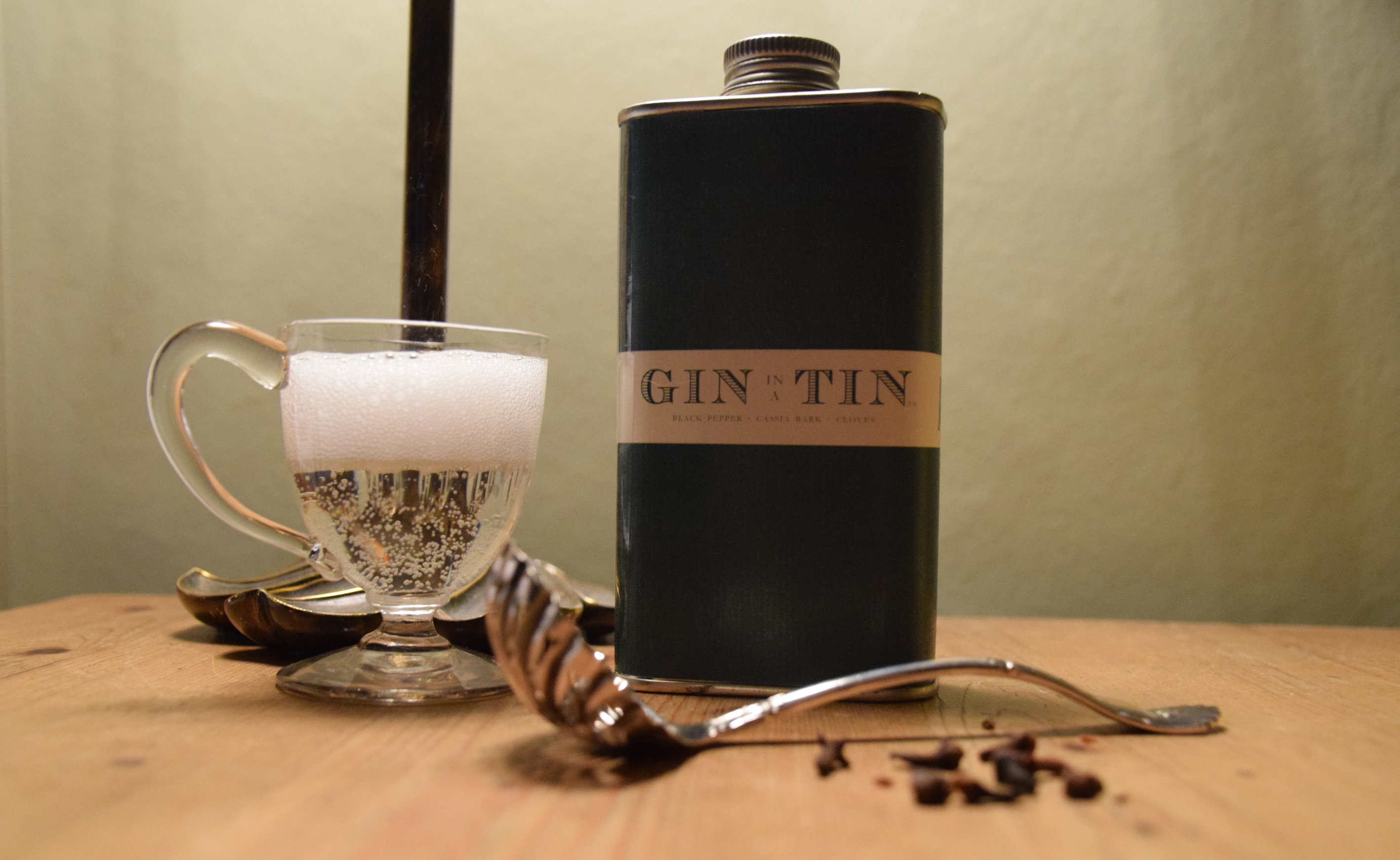 GIN IN A TIN - BLACK PEPPER, CASSIA BARK & CLOVES NO.3